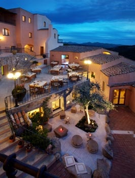 Arathena Hotel in Sardinia, San Pantaleo – Hotels Sardinia