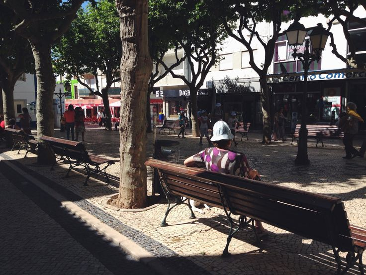 old woman sitting | ericeira, pt