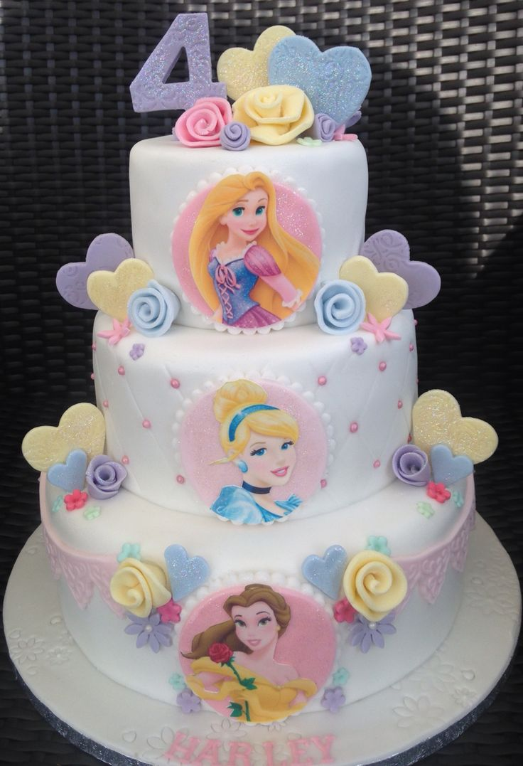 Disney Cake Designs : Best 25+ Disney princess birthday cakes ideas on Pinterest ...
