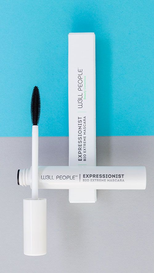 This boundary breaking formula creates big, bold fluffy lashes instantly and it nourishes thanks to a synergistic botanical blend. Hyper pure mineral pigments create the blackest of black for highly d