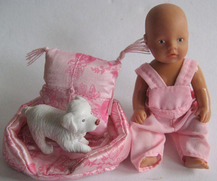 Baby Born Mini World  Püppchen mit Hundekissen, Hund