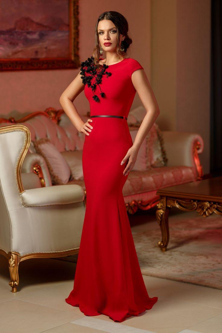 Rochie Charming Rosie 299 lei Rochie de seara rosie tip sirena