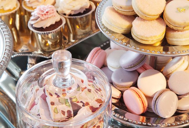 We're mad about macarons! The bite-sized delicacies make the trendiest wedding treats.