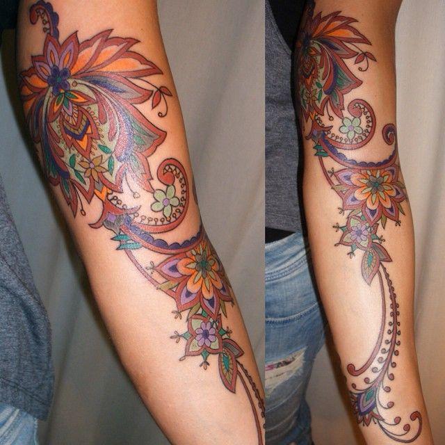 "39 Likes, 6 Comments - Barbara Swingaling (@barbaraswingaling_tattoos) on Instagram: ""#paisley #jacobean #henna style tattoo"""