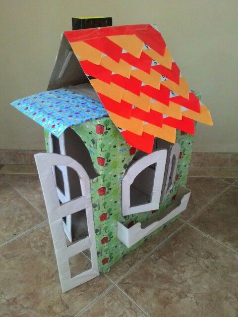 Such a small and pretty #house made from #cardboard #craft #idea #diy