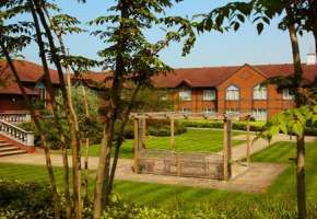 The Daventry Court Hotel Wedding Venue In Northamptonshire