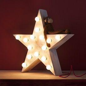 Iluminación, lámpara estrella http://www.mamidecora.com/muebles-para-bebes-ni%C3%B1os-xo-in%20my%20room.html