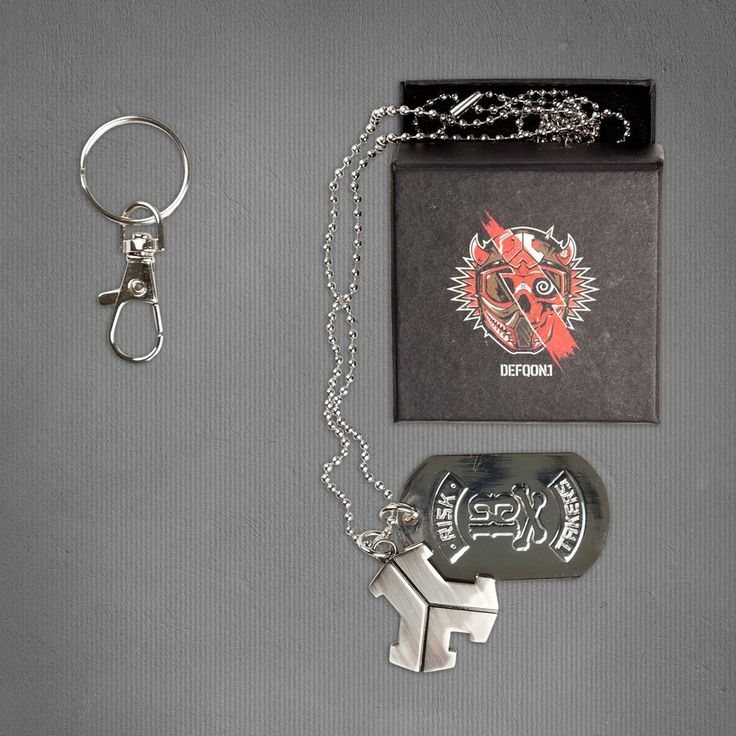DEFQON.1 SILVER NECKLACE & KEYRING | Q-dance Store