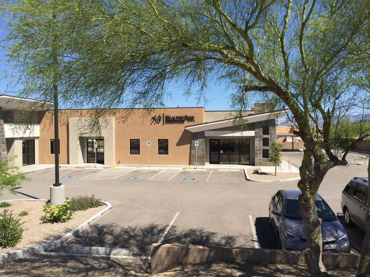 18855 S. La Canada, Sahuarita, AZ 85629 Office Condo for Sale or Lease $200 PSF Sale or $21 PSF/NNN Lease Exclusively Represented by Doug Richardson & Mike Gross of Tucson Realty & Trust Co. 333 N. Wilmot Rd., Ste 340 Tucson AZ 85711 520.577.7000 www.tucsonrealty.com