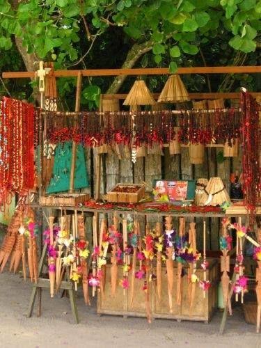 Cores e texturas do tradicional artesanato do sul da Bahia, que deixa essa região paradisíaca ainda mais charmosa.