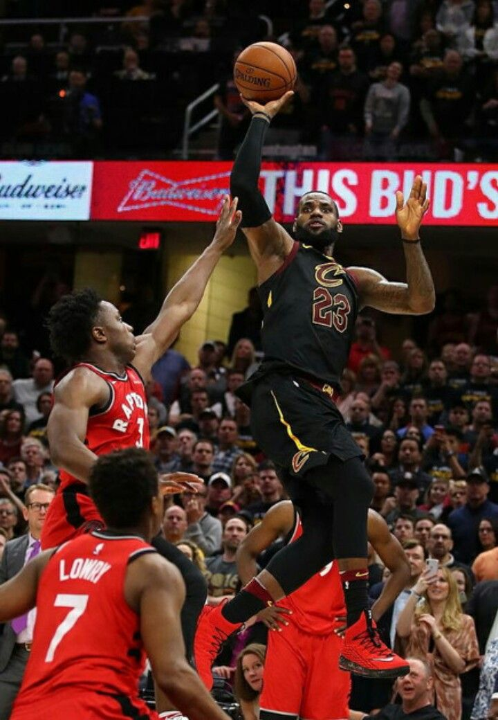 036d585d7ff CLEVELAND — LeBron James banked in a operating one-hander on the buzzer