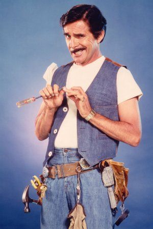 Pat Harrington Jr. as Schneider on 'One Day at a Time.' has died aged 86. August 13, 1929 – January 6, 2016