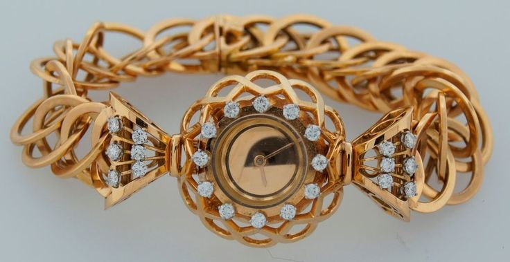 c.1940's RETRO BOUCHERON DIAMOND & YELLOW GOLD LADIES WATCH - Chic! Feminine! #Boucheron #Dress #1940s #retro #boucheron #diamond #yellowgold #watch #feminine #chic