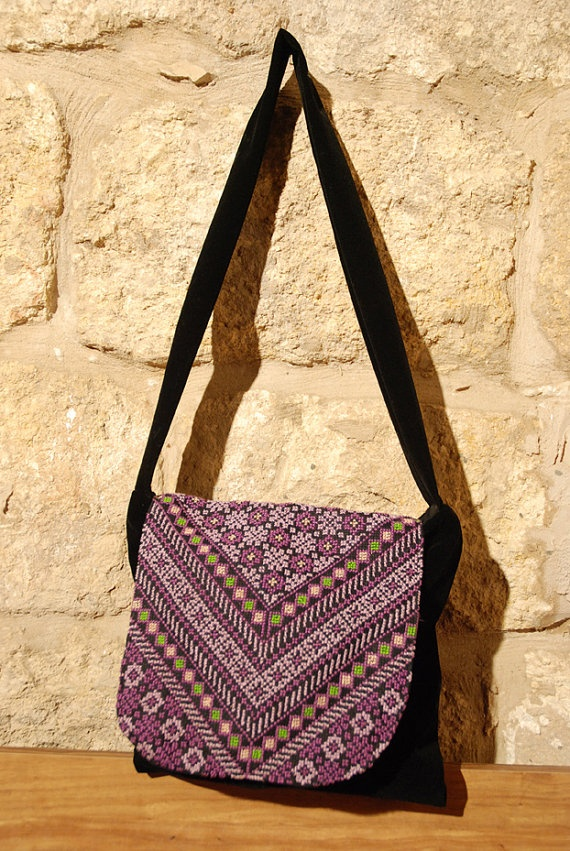 Shoulder bag with Palestinian embroidery