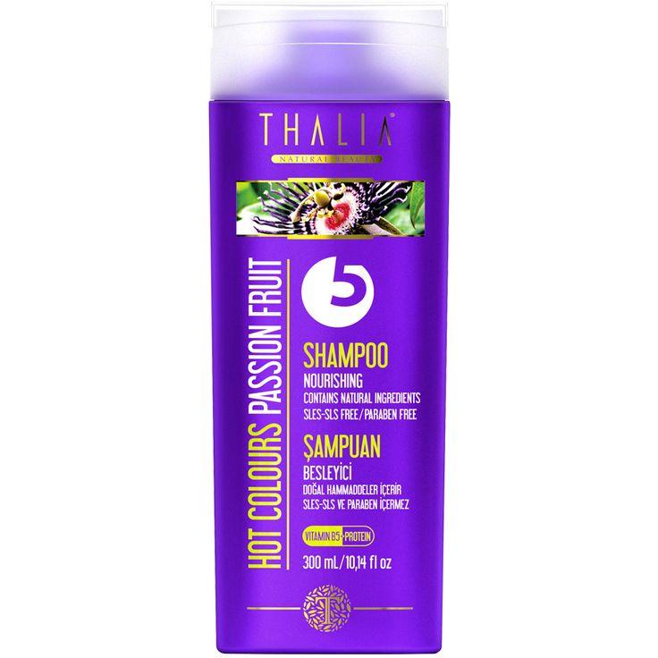 Saçlarınızı derinlemesine bakım yapar ve parlaklık kazanmasına yardımcı olur. Besleyici özelliği güçlü olan bitkisel ekstre içeriği ile daha güçlü ve kuvvetli saç köklerinin oluşumuna yardımcı olur. Misk ve meyvemsi kokuların enerjisi ile saçlarınızı canlandırır. İçeriğindeki provitamin, bitki özleri ve hidrolize protein ile kökten uca bakım sağlar. #saçbakım #saç #saçşampuan #hair #thalia #doğal #parabeniçermez #provitamin #şampuan #thaliaşampuan #doğal #şampuanlar