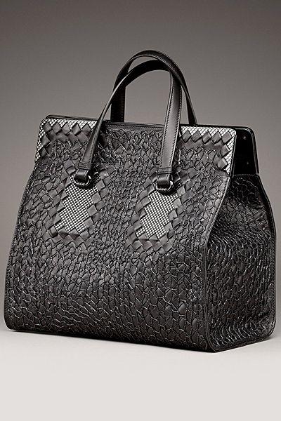 Bottega Veneta....the ultimate in woven leather craftmsmanship♡