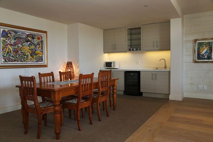 Hermanus Vista: Dinning Room. FIREFLYvillas, Hermanus, 7200 @FIREFLYvillas, bookings@fireflyvillas.com, #HermanusVista #FIREFLYvillas, #HermanusAccommodation