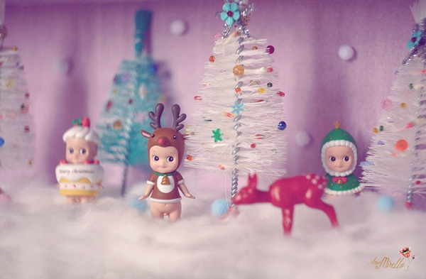 Sonny Angel Christmas dolls: didnt know these were out there! Fun!