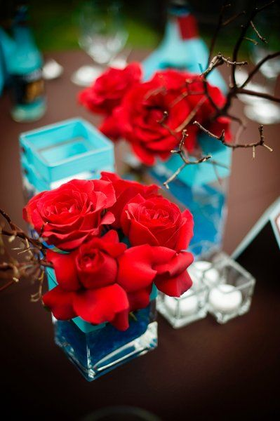 Fall Spring Summer Winter Blue Brown Red Centerpiece Wedding Flowers Photos & Pictures - WeddingWire.com