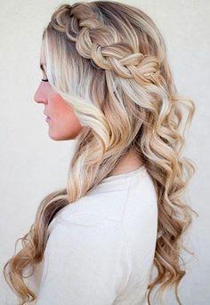Zöpfe eignen sich sowohl für den Alltag als auch für elegante Anlässe. Diese Seite wird Ihr welliges Haar interessanter und auffälliger machen. #welliges Haar #...