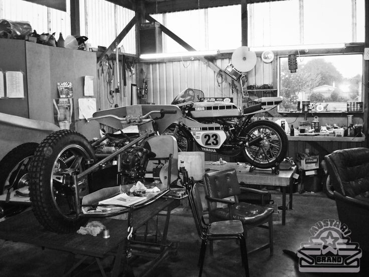 Old Garage Man Cave : Best bike garage shed workshop man cave interiors and styles