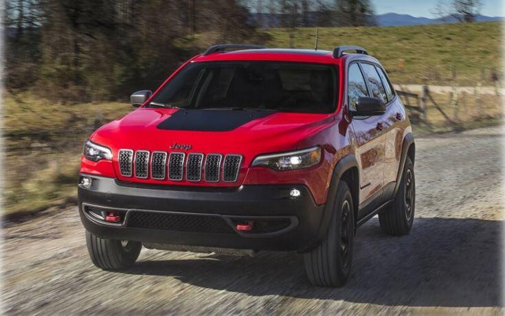 Изображения обновленного внедорожника Jeep Cherokee
