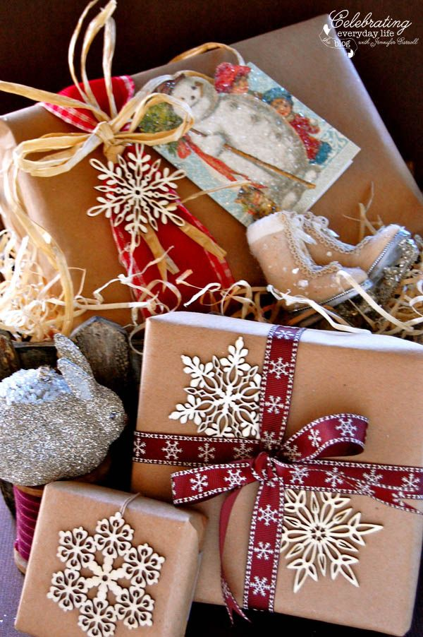 Vintage Inspired ~ How to Glitter a Christmas Card