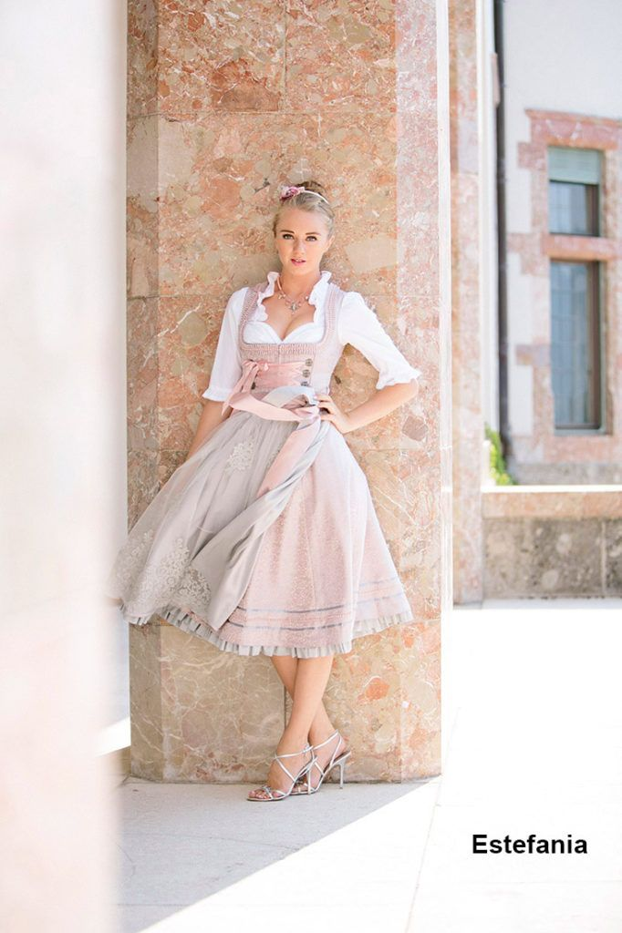 Frühjahr-Sommer 2016 ‹ Melega Fashion Learn More About http://www.royaldressedladies.com/