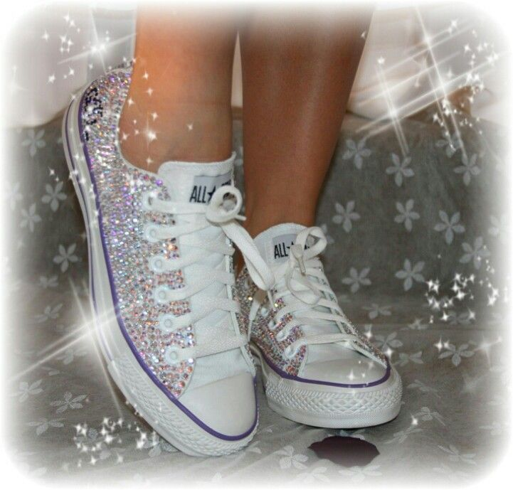 Rhinestone Wedding Converse. Mine would have green on them.