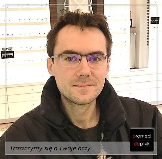 Pan Piotr wie czego chce. Okulary z filtrem ochronnym i wsparciem akomodacji. Dziękujemy za zaufanie. #optyk #optometrysta #okulary #filtr #prevencia #eyezen
