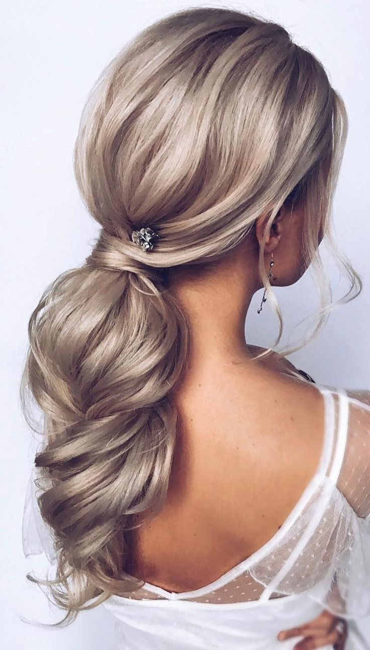 ponytail hairstyles #weddinghair #ponytails #wedding #hairstyles