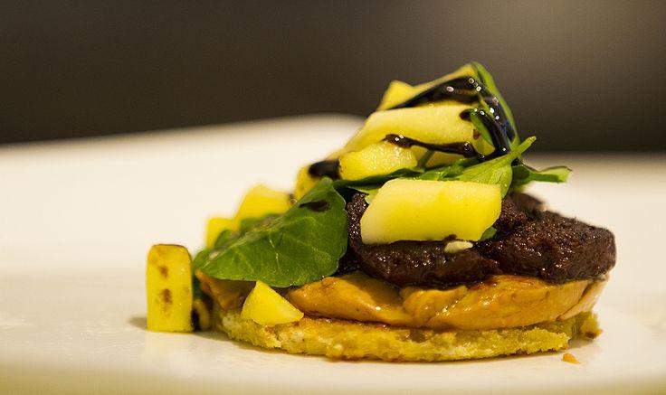 Toast foie gras boudin noir & apple