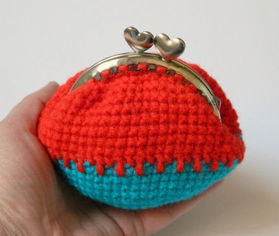 Red turquoise crochet coin purse kiss clasp crochet by craftysou, $22.00