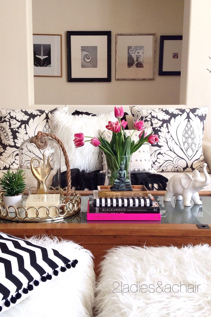So much fun to shop at HomeGoods! We found the perfect decor items for staging this coffee table. Just the right amount of sparkle and shine and our favorite books! We left plenty of room for the practical coffee table function of holding a coffee cup too. Sponsored by HomeGoods