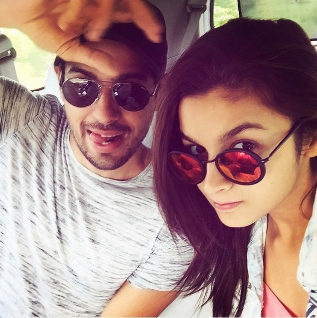 alia bhatt and sidharth malhotra together in film 'kapoor and sons'....their selfie how cute