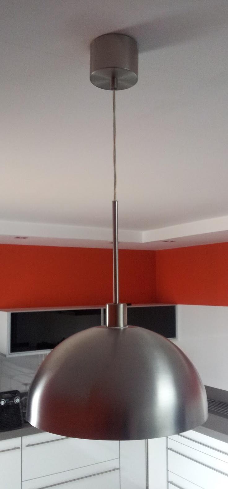 lampara de cocina con un bol