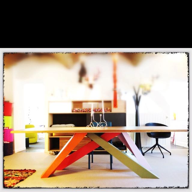Bonaldo ( Big table ) chez mur-mur ...