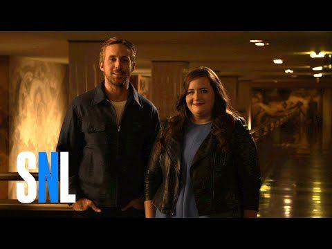 SNL Host Ryan Gosling & Aidy Bryant Wail on Their Pecs - http://abibiki.com/snl-host-ryan-gosling-aidy-bryant-wail-on-their-pecs/