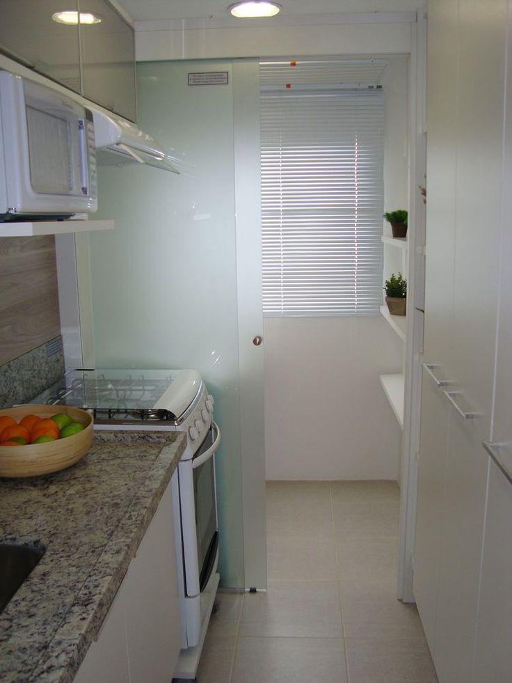 Ideia de divisória para separar a cozinha da lavanderia.