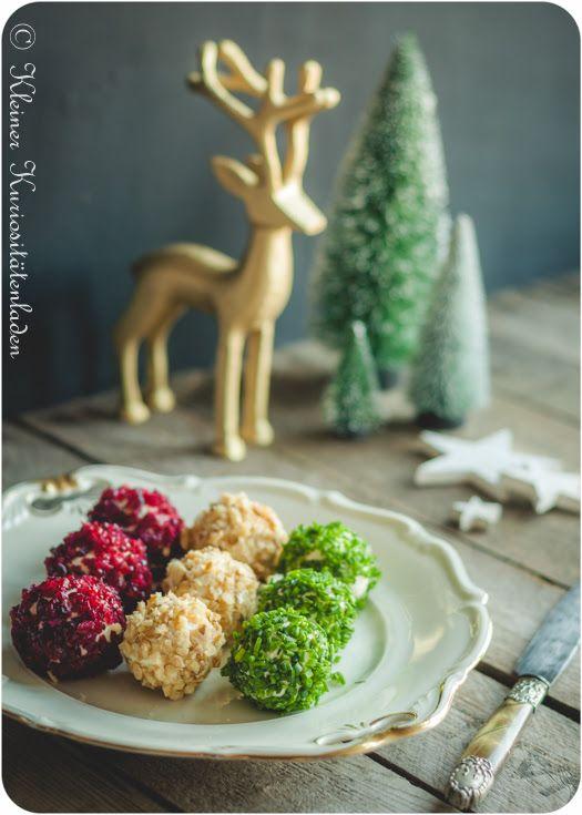 Weihnachtliche Frischkäsebällchen