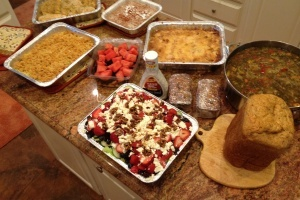 Tips for Transporting Meals: A great list of containers and ways to make taking a meal simpler