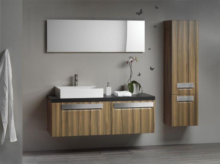 Bányai Cromo Fürdőszobabútor - A minimal design abszolút képviselője a Cromo fürdőszobabútor család. Az ajtófrontokon megjelenő nemesacél fogantyúk a bútor formavilágát tükrözik. A fürdőszobabútor érdekessége, hogy a szekrénytest és az ajtófront különböző anyagok alkalmazásával készül. Az így létrejövő kontraszt különleges látványt nyújt.