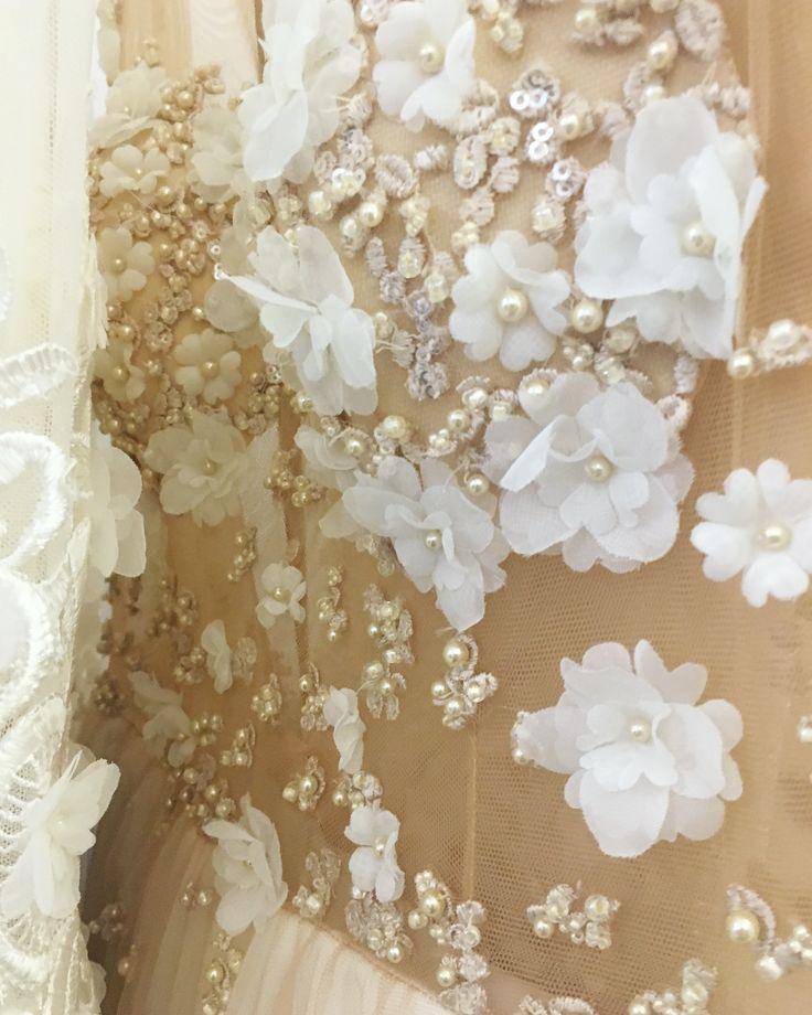 MARGO Concept: B-dul 15 Noiembrie, nr. 36, Brasov  Tel. programari: 0040744912740 #dress #bride #wedding #precious #margo #margoconcept #nunta #luxury #luxurious #luxurydress #preciousdress #dress2impress #dresstoimpress #dressoftheday #embroidery #ivory #precious #sequinlace #swarovski #lace #broderie #sequins #margele #brasov #mireasa #rochiedemireasa #3dflowers #pearls #swarovskipearls