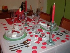 17 best images about ideas como decorar para una cena - Como preparar una cena romantica ...
