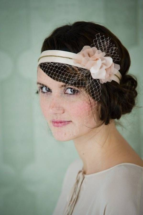 top 25 best headband cheveux courts ideas on pinterest bandeau des cheveux courts tuto. Black Bedroom Furniture Sets. Home Design Ideas