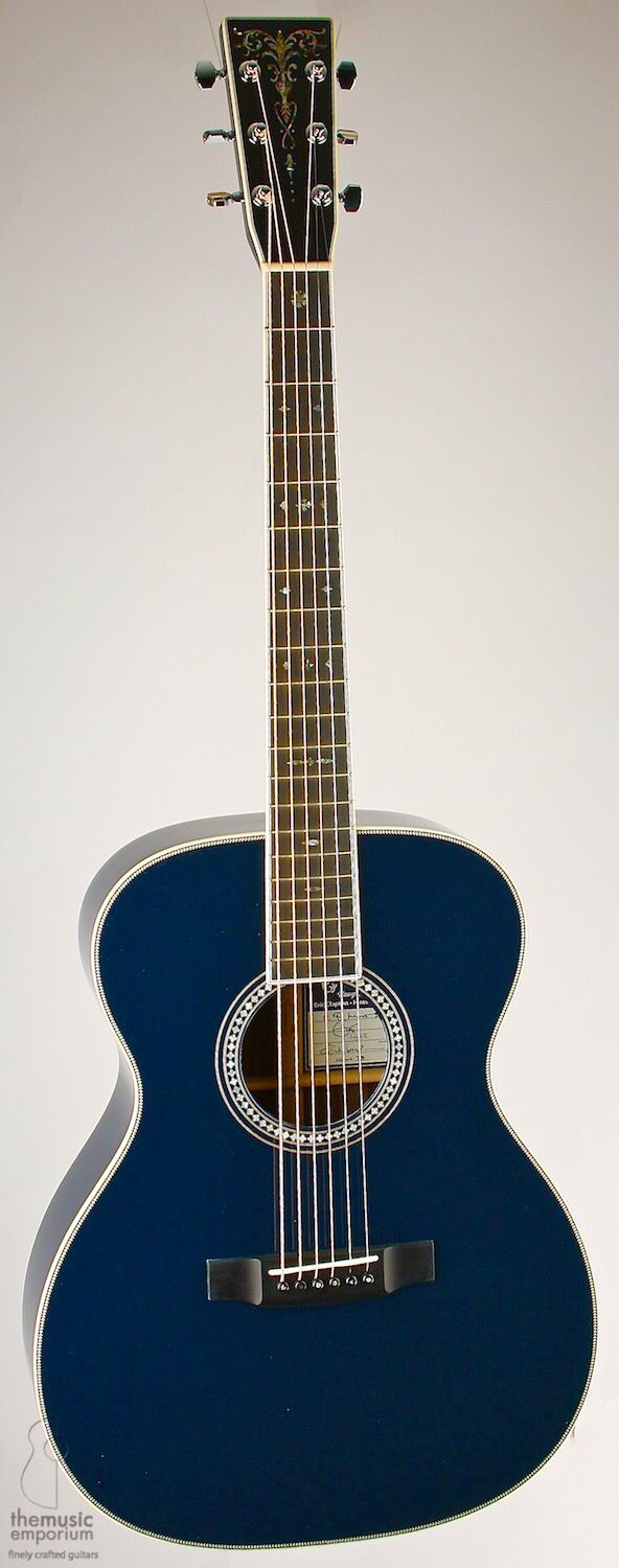 Martin - Eric Clapton - The Navy Blues - Limited Edition Acoustic Guitar