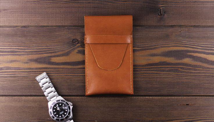 Protection leather watch case light brown color. Leather watch pouch. Watch cover. Wristwatch pocket. Travel watch case. Watch roll by MrHaidukoff on Etsy  #watch #watchroll #watchcase #watchpouch #watchpocket #watchgeek #watchfam #menstyle #menfashion #leather #leathercraft