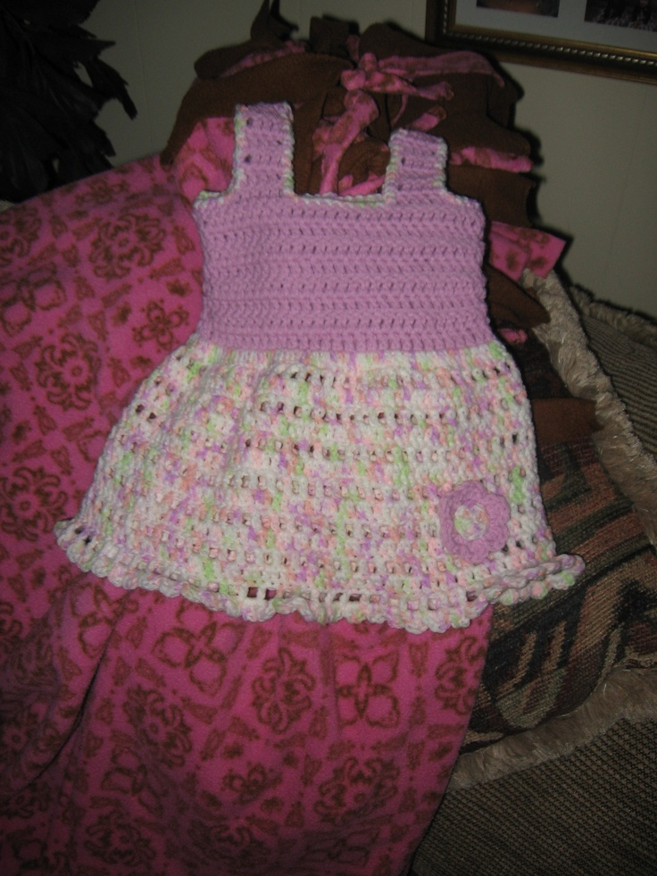 Another dress of the same pattern, but different colors.  It too went to a good home.