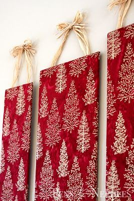 DIY Christmas Wall Art (cover cork board with fabric, then pin christmas