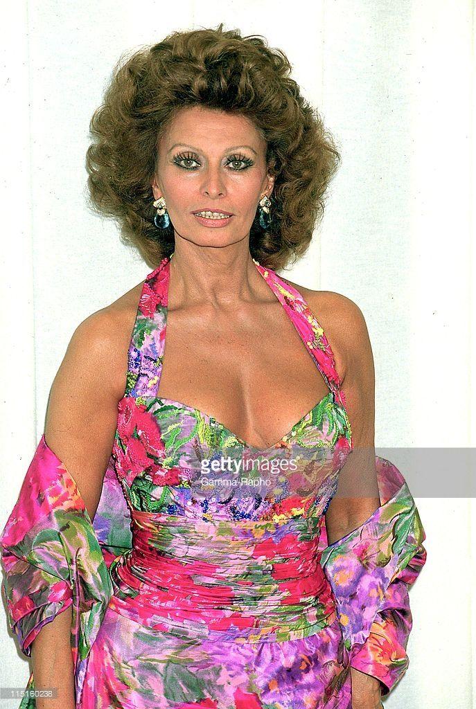 The 16th 'Cesars' Embargo Parillaud in Paris, France in February, 1991 - Sophia Loren.